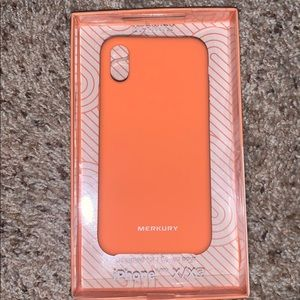 Orange iPhone X/Xs Phone case and screen protector